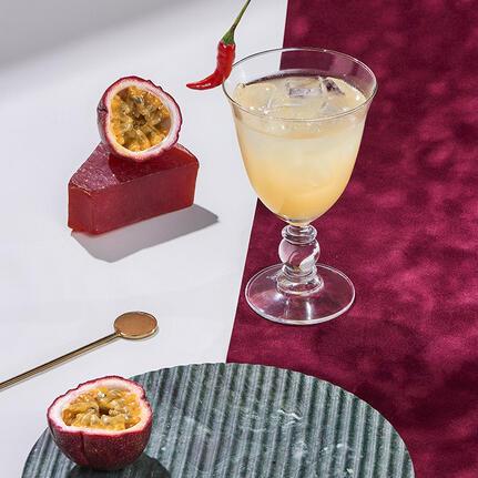 Cointreau Fizz de fruta de la pasión y chili
