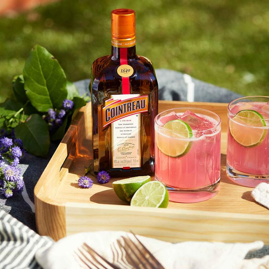 Cointreau Cocktails for the Picnic Season