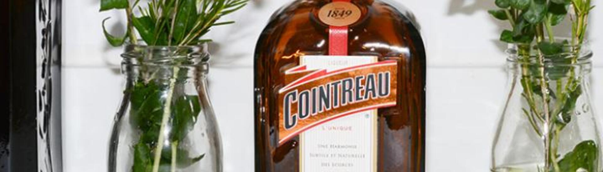 How to dress the perfect table for a Cointreau inspired party!