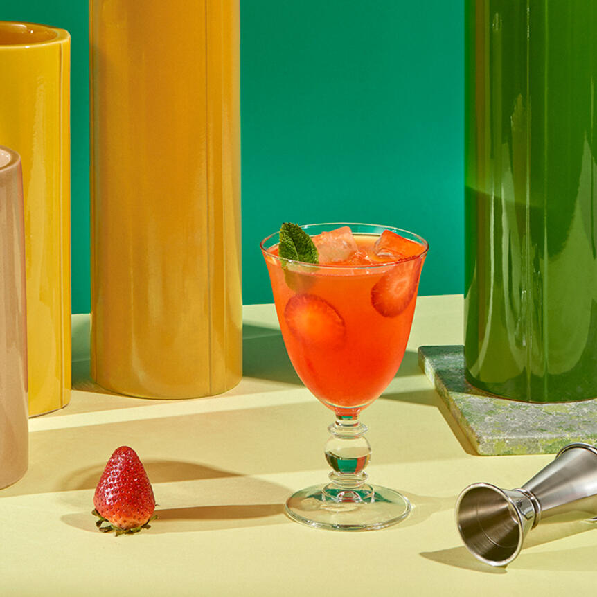 Cointreau Fizz Strawberry And Mint